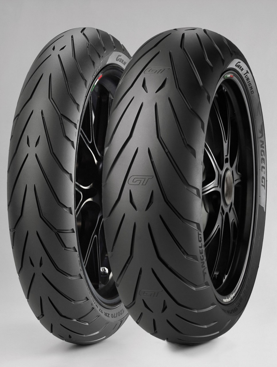 pirelli angel gt sports touring tyre read test reviews. Black Bedroom Furniture Sets. Home Design Ideas